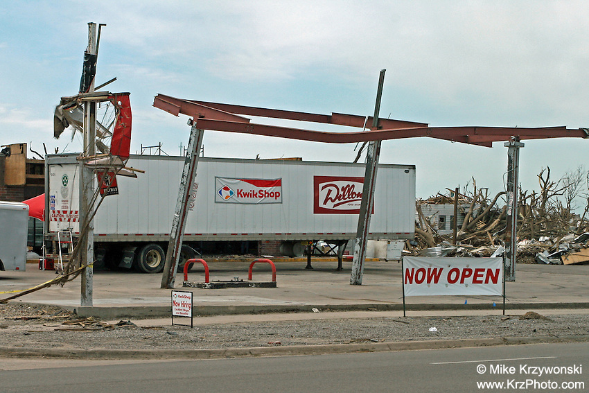 F5 tornado damage in Greensburg, KS, May, 2007