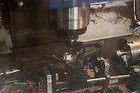 Mc Callum bagpipes factory La fabbrica di cornamuse più famosa al mondo Operai al lavoro Macchine  a controllo numerico, The  most popular bagpipes factory in the world. Computer aided machines CAM to build part of drones.