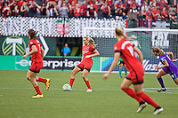 Portland, Oregon - Sunday April 17, 2016: Portland Thorns FC midfielder Allie Long (10). The Portland Thorns play the Orlando Pride during a regular season NWSL match at Providence Park. The Thorns won 2-1.
