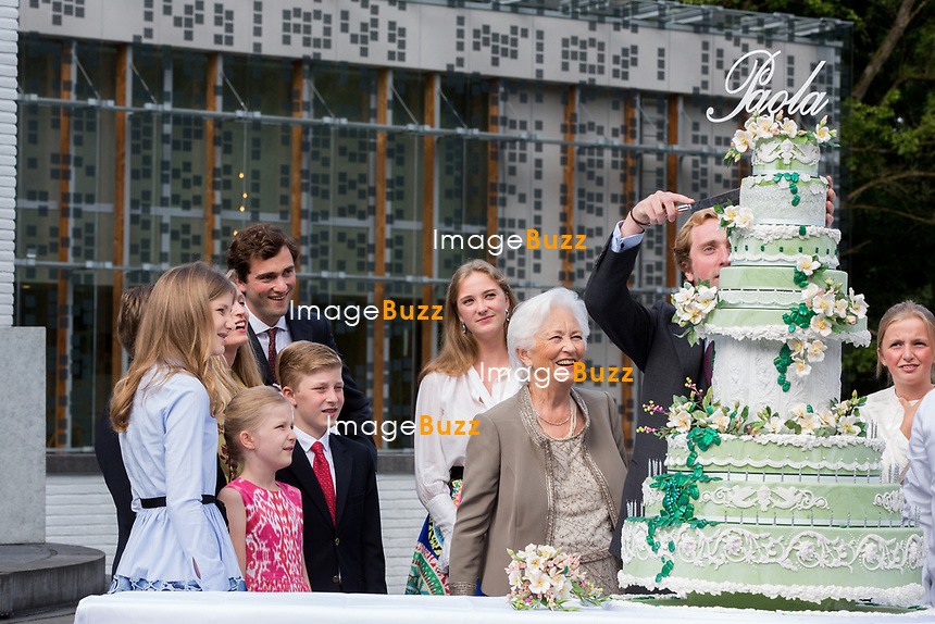 La Reine Paola de Belgique f&ecirc;te son 80e anniversaire avec 74 jours d&rsquo;avance, &agrave; la chapelle musicale reine Elisabeth &agrave; Waterloo, entour&eacute;e de ses enfants et petits enfants et autres membres de la famille royale.<br /> Belgique, Bruxelles, 29 juin 2017.<br /> Queen Paola of Belgium, wife of King Albert of Belgium, celebrates her 80th birthday  with with the entire Belgian Royal family at the Queen Elisabeth Music Chapel in Waterloo, Belgium.<br /> Belgium, Waterloo, 29 June 2017.<br /> PIC :  Queen Paola of Belgium and family members
