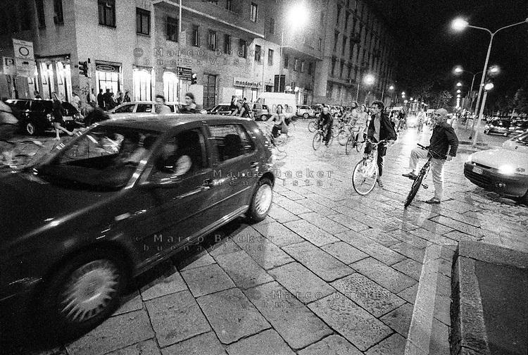 Milano, Milan. Critical mass