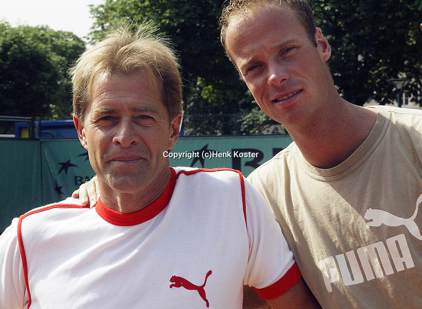 20030605, Paris, Tennis, Roland Garros, Martin Verkerk with his coach Nick Carr