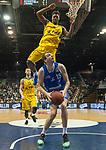 10.02.2018, EWE Arena, Oldenburg, GER, BBL, EWE Baskets Oldenburg vs Rockets Erfurt, im Bild<br /> <br /> Armani MOORE (EWE Baskets Oldenburg #4)<br /> Daniel SCHMIDT (Rockets Erfurt #5 )<br /> Foto &copy; nordphoto / Rojahn