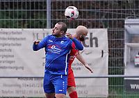 Fabio De Leo (Nauheim) gegen Yannick Walter (Büttelborn) - Büttelborn 03.11.2019: SKV Büttelborn vs. SV 07 Nauheim, Gruppenliga Darmstadt