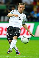 WARSAW, POLONIA, 28 JUNHO 2012 - EURO 2012 - ALEMANHA X ITALIA - Lukas Podolski jogador da Alemanha durante lance em jogo contra a Italia, em partida pelas semi-finais da Euro 2012 em Warsaw na Polonia nesta quinta-feira, 28. (FOTO: PIXATHLON / BRAZIL PHOTO PRESS).