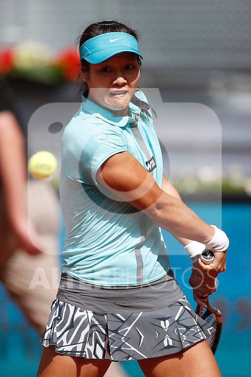 Chinese tennis player Na LI during Madrid Open Tennis 2014 match. May 06, 2014. (ALTERPHOTOS/Victor Blanco)