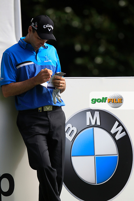 Oliver Wilson (ENG) during round 1 of the 2015 BMW PGA Championship over the West Course at Wentworth, Virgina Water, London. 21/05/2015<br /> Picture Fran Caffrey, www.golffile.ie: