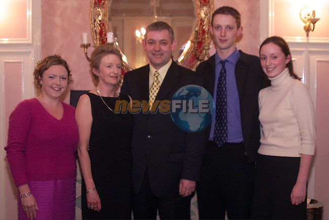 PJ Geraghty with his family Lisa,Margret, Kieran and Maria, at the dinner in honour of  PJ in Castlebellingham..pic: Newsfile