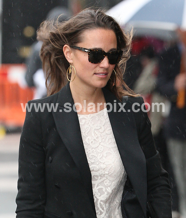 **ALL ROUND PICTURES FROM SOLARPIX.COM**                                             **WORLDWIDE SYNDICATION RIGHTS**                                                                                  Caption: Birthday Girl Pippa Middleton seen out and about in Kensington. Pippa, sister of Kate Middleton aka Princess Catherine is 28 today. London, UK. 7 September 2011                                                                             This pic:                                                                                              JOB REF: 13924 WMB       DATE: 06_09_2011                                                           **MUST CREDIT SOLARPIX.COM OR DOUBLE FEE WILL BE CHARGED**                                                                      **MUST AGREE FEE BEFORE ONLINE USAGE**                               **CALL US ON: +34 952 811 768 or LOW RATE FROM UK 0844 617 7637**