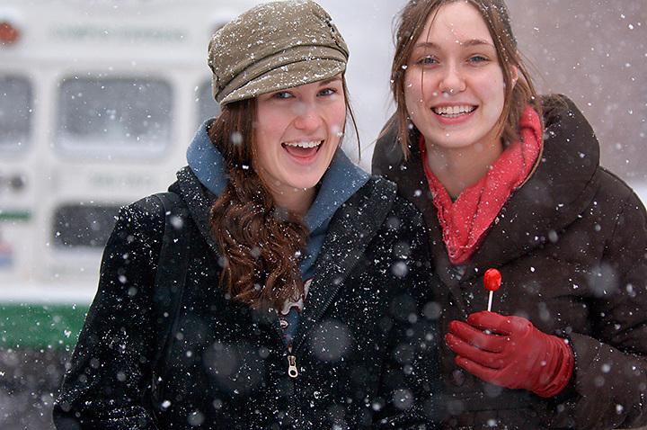 18542Campus Winter ...Cathy Semones(left) and Molly Davis
