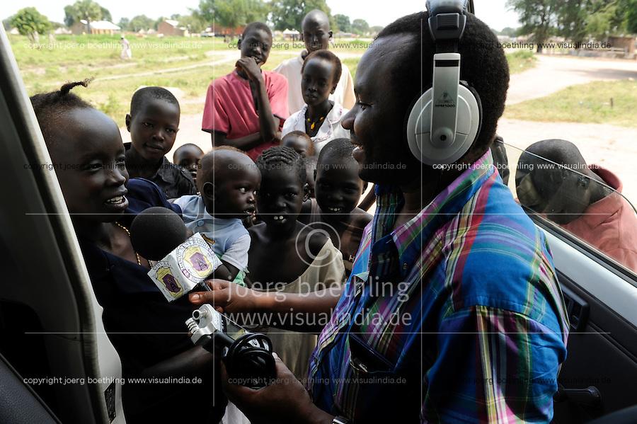 SOUTH SUDAN  Bahr al Ghazal region , Lakes State, town Cuibet, catholic radio Good News / SUED-SUDAN  Bahr el Ghazal region , Lakes State, Cuibet , Fr. Don Bosco Ochieng Onyalla, <br /> Leiter der Radiostation Good News Radio