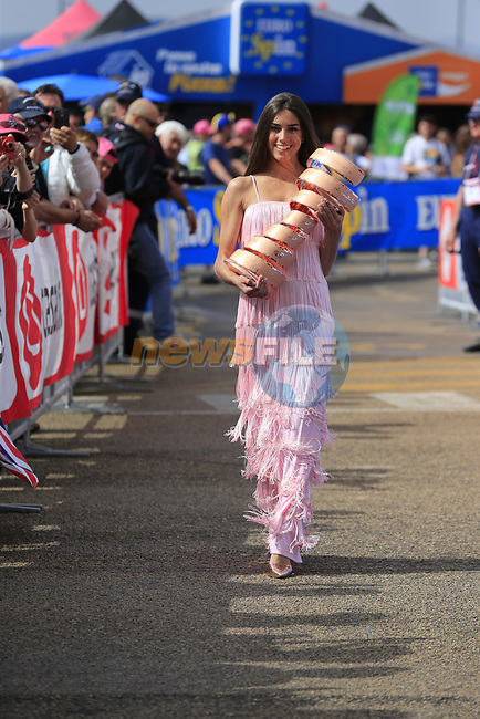 Rebecca with the Trophie Senza Fine at sign on before Stage 2 of the 100th edition of the Giro d'Italia 2017, running 221km from Olbia to Tortoli, Sardinia, Italy. 6th May 2017.<br /> Picture: Eoin Clarke   Cyclefile<br /> <br /> <br /> All photos usage must carry mandatory copyright credit (&copy; Cyclefile   Eoin Clarke)