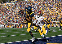 Kenny Lawler of California scores a touchdown during NCAA football game against USC at Memorial Stadium in Berkeley, California on November 9th, 2013.   USC defeated California, 62-28.