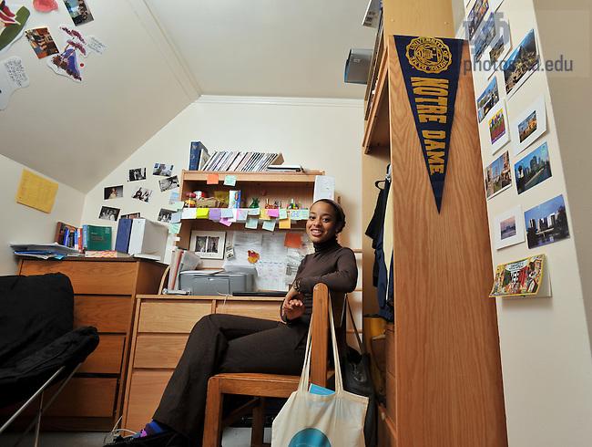 Wonderful Amber Herkey In Her Cavanaugh Hall Dorm Room For Notre Dame Magazine..Photo  By Part 14