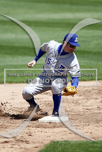 May 25, 2009:  Second Baseman Joe Dillon (15) of the Durham Bulls, International League Triple-A affiliate of the Tampa Bay Rays, during a game at Frontier Field in Rochester, NY.  Photo by:  Mike Janes/Four Seam Images