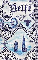 Nederland Delft - 2018. Muurschildering van Hugo Kaagman in het centrum van Delft.De nieuwe Kerk en Hugo de Groot.   Foto Berlinda van Dam / Hollandse Hoogte