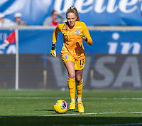 HARRISON, NJ - MARCH 08: Ellie Roebuck #13 of England dribbles during a game between England and Japan at Red Bull Arena on March 08, 2020 in Harrison, New Jersey.