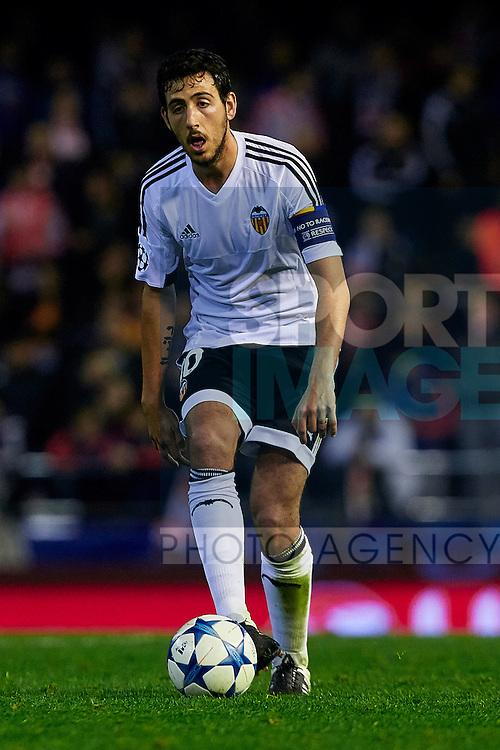 Dani Parejo of Valencia CF with the ball - UEFA Champions League Group H - Valencia CF vs Olympique Lyonnais - Mestalla Stadium - Valencia- Spain - 09th December 2015 - Pic David Aliaga/Sportimage