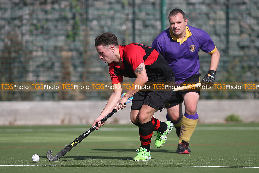 Havering HC 2nd XI vs Saffron Walden HC 3rd XI, East Region League Field Hockey at Campion School on 13th October 2018