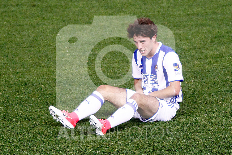 Real Sociedad's Alvaro Odriozola injured during La Liga match. April 4,2017. (ALTERPHOTOS/Acero)