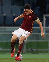 Calcio, Serie A: Roma vs Fiorentina. Roma, stadio Olimpico, 4 marzo 2016.<br /> Roma&rsquo;s Alessandro Florenzi in action during the Italian Serie A football match between Roma and Fiorentina at Rome's Olympic stadium, 4 March 2016.<br /> UPDATE IMAGES PRESS/Riccardo De Luca