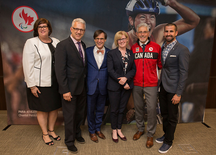 Ottawa, ON June 8 2017 - Celebrating more than 20 years of partnership, the Canadian Paralympic Committee and Pfizer Canada Inc. were pleased to announce the renewal of their partnership agreement of more than $1 million through 2019. Photos: Canadian Paralympic Committee/Deb Ransom
