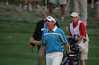 Ian Poulter celebrates sinking the winning putt on the 18th hole in Saturdays fourballs at the 37th Ryder Cup at Valhalla Golf Club, Louisville, Kentucky, USA - 20th September 2008 (Photo by Manus O'Reilly/GOLFFILE)