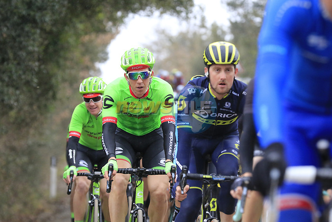 The peloton including Sep Vanmarcke (BEL) Cannondale-Drapac and Luke Durbridge (AUS) Orica-Scott on gravel sector 3 Radi during the 2017 Strade Bianche running 175km from Siena to Siena, Tuscany, Italy 4th March 2017.<br /> Picture: Eoin Clarke | Newsfile<br /> <br /> <br /> All photos usage must carry mandatory copyright credit (&copy; Newsfile | Eoin Clarke)