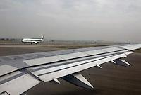 Aerei Alitalia in fase di decollo.