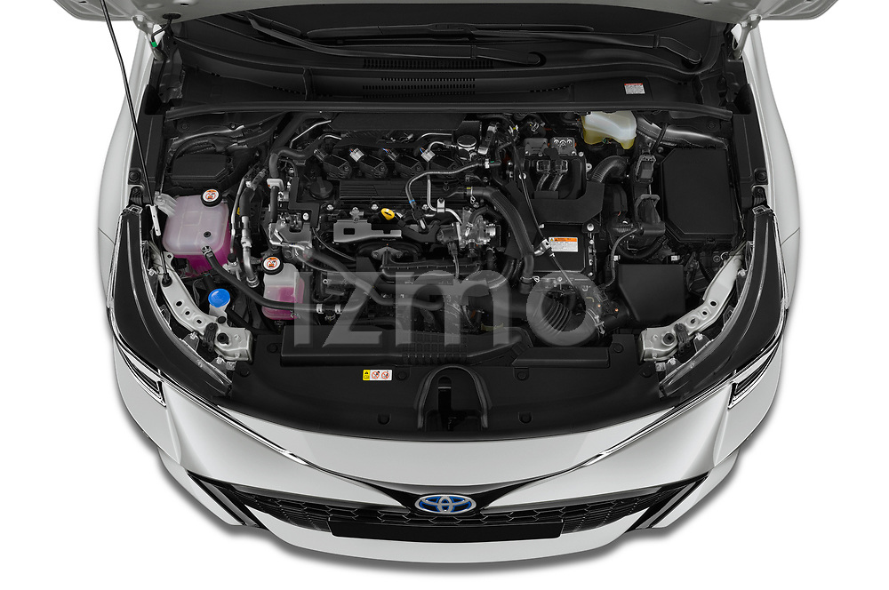 Car Stock 2019 Toyota Corolla-TS-hybrid Style 5 Door Wagon Engine  high angle detail view