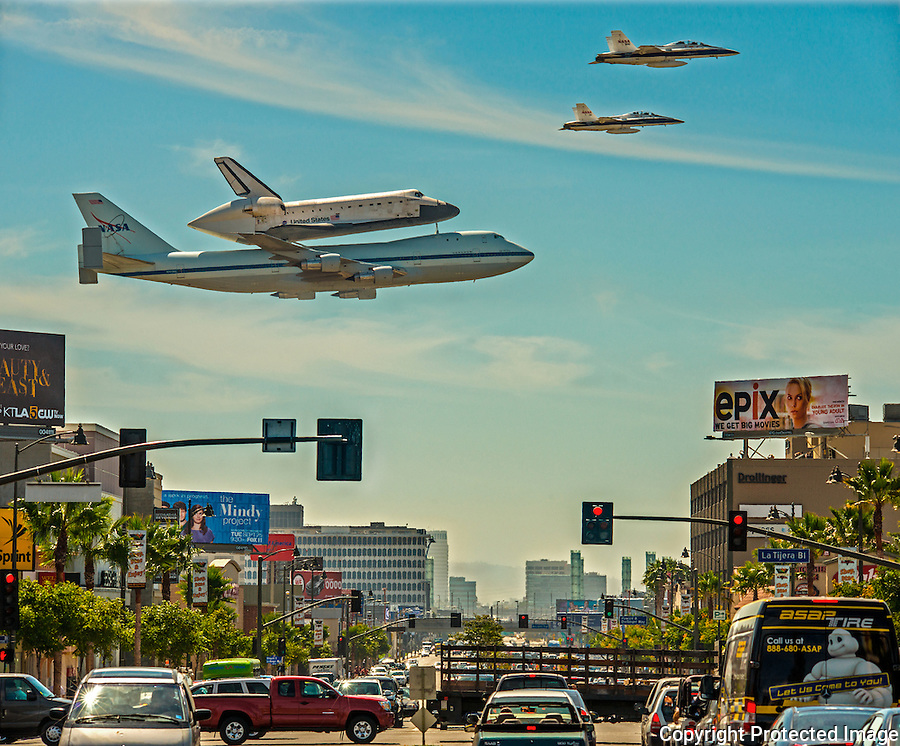 SPACE SHUTTLE ENDEAVOR LANDING AT LAX  WITH ESCORT F 18S, APOD,