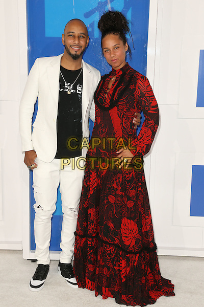NEW YORK - AUGUST 28: Swizz Beatz and Alicia Keys arrives at the 2016 MTV Video Music Awards at Madison Square Garden on August 28, 2016 in New York City.<br /> CAP/MPI99<br /> &copy;MPI99/Capital Pictures