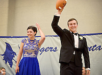 NWA Democrat-Gazette/BEN GOFF @NWABENGOFF<br /> Mackenzie Page, homecoming queen, and homecoming king Joseph Sultemeier wave after the coronation on Friday Sept. 18, 2015 during the homecoming ceremony at Rogers High School.