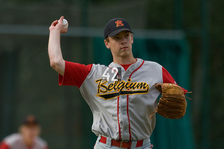 BASEBALL - EUROPEAN UNDER -21 CHAMPIONSHIP - PAMPELUNE (ESP) - 03 TO 07/09/2008 - PHOTO : CHRISTOPHE ELISE .BELGIUM VS RUSSIA (WINNER 6-5) - ROBBE DE JONGH (BELGIUM)