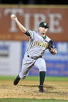 Lynchburg Hillcats pitcher Brandon Cunniff (20) delivers a pitch during a game against the Salem Red Sox on April 25, 2014 at Lewisgale Field in Salem, Virginia.  Salem defeated Lynchburg 10-0.  (Mike Janes/Four Seam Images)