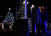 The First Family lights the 2011 National Christmas Tree on the Ellipse in Washington, DC, on Thursday, December 1, 2011.   .Credit: Roger L. Wollenberg / Pool via CNP