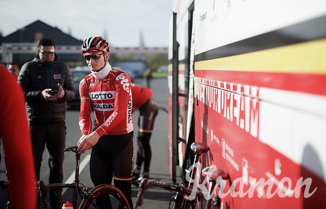 André Greipel (DEU/Lotto-Soudal) before recon of the 114th Paris - Roubaix 2016