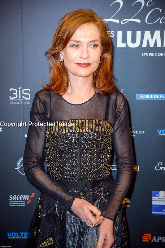 Isabelle HUppert ‡ la 22e CÈrÈmonie des LumiËres du CinÈma au ThÈatre de la Madeleine ‡ Paris le 30 janvier 2017