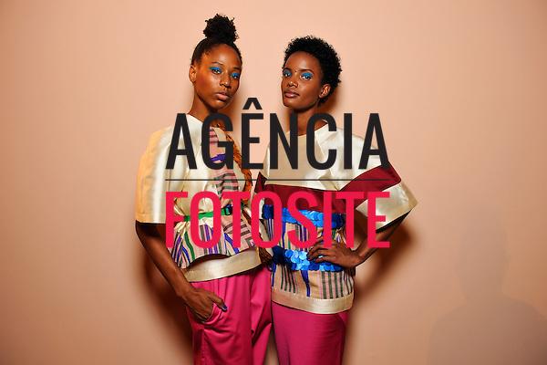 Africa Africans Moda<br /> <br /> S&atilde;o Paulo Fashion Week- Ver&atilde;o 2016<br /> Abril/2015<br /> <br /> foto: Gustavo Scatena/ Ag&ecirc;ncia Fotosite