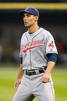 August 7, 2009:  Center Fielder Grady Sizemore (24) of the Cleveland Indians before a game vs. the Chicago White Sox at U.S. Cellular Field in Chicago, IL.  The Indians defeated the White Sox 6-2.  Photo By Mike Janes/Four Seam Images