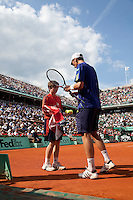 28-05-10, Tennis, France, Paris, Roland Garros, 28-05-10, Tennis, France, Paris, Roland Garros, Thiemo de Bakker in zijn partij tegen  Jo-Wilfriet Tsonga op centercourt