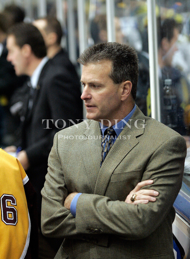 25 Nov 2005: Minnesota head coach Don Lucia during Minnesota's match vs Michigan at Yost Ice Arena in Ann Arbor, MI. The Golden Gophers won 6-3.