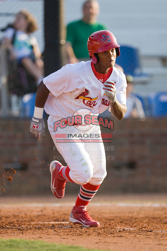 Roberto Reyes #39 of the Johnson City Cardinals hustles down the first base line against the Elizabethton Twins at Howard Johnson Field July 3, 2010, in Johnson City, Tennessee.  Photo by Brian Westerholt / Four Seam Images