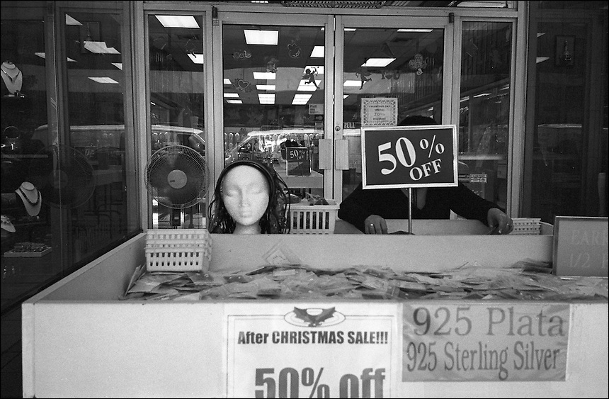 50% OFF<br />