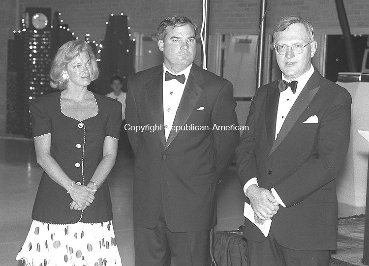 WATERBURY,CT 9/12/98--0912SR02.tif-- Left to right, Patty Rowland, Gov. John G. Rowland, honorary chairmen of the Waterbury Foundation's 75th anniversary gala, and Dr. <br />