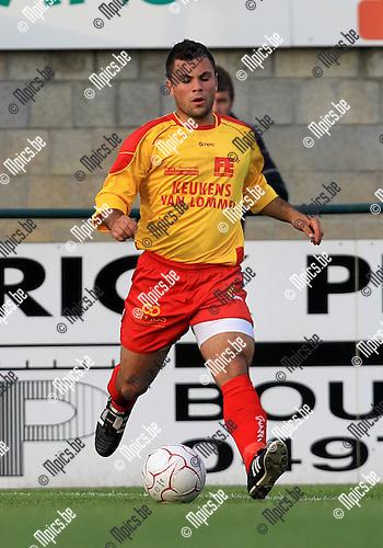 2010-08-11 / Voetbal / seizoen 2010-2011 / KFC Oosterzonen / Elio Balbi..Foto: mpics