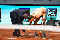 Spanish Rafael Nadal talking with the referee during Mutua Madrid Open Tennis 2016 in Madrid, May 07, 2016. (ALTERPHOTOS/BorjaB.Hojas) /NortePhoto.com