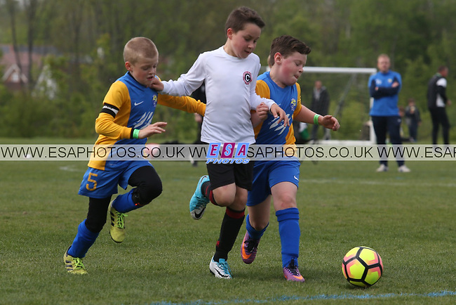 KINGS HILL RANGERS v COXHEATH AND FAIRLEIGH<br /> MAIDSTONE INVICTA PRIMARY LEAGUE<br /> U9 CHALLENGE VASE<br /> SUNDAY 7TH MAY 2017<br /> KINGS HILL SPORTS GROUND