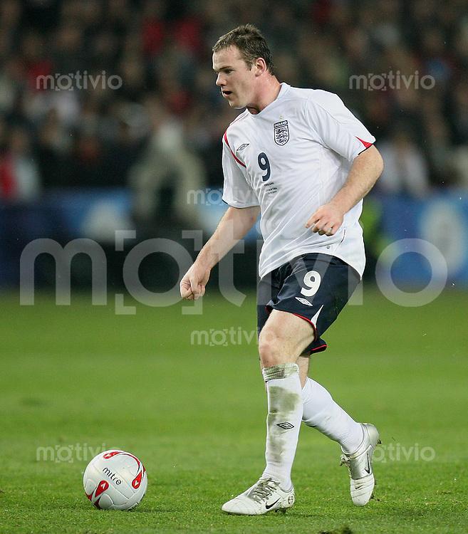 Fussball International Testspiel England 3-2 Argentinien Wayne Rooney (ENG) am Ball