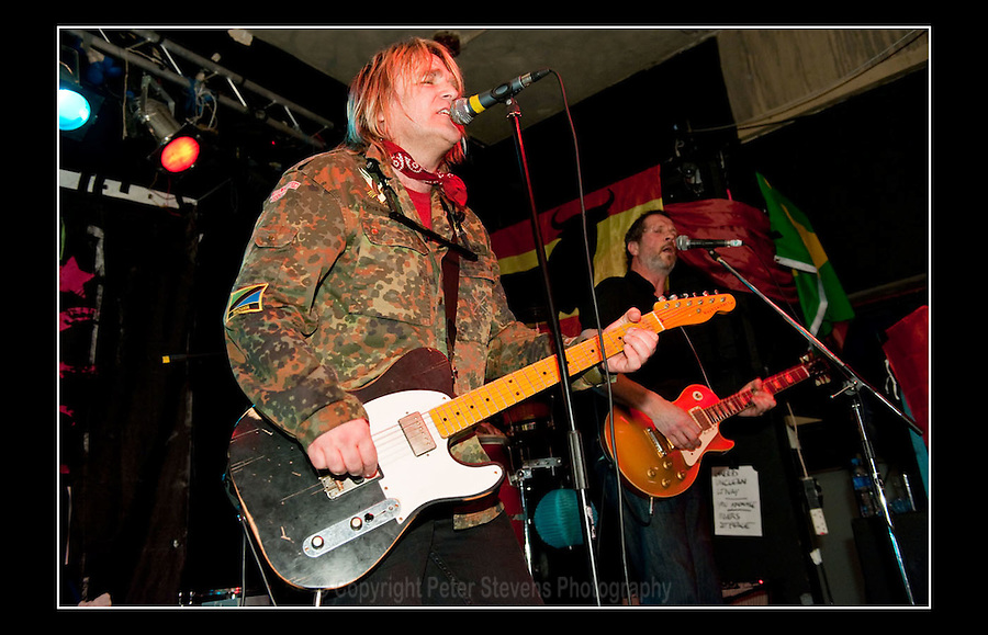 Mike Peters - Night of Treason - Los Mondo Bongo - The Purple Turtle, Crowndale Road, Camden - 21st March 2010
